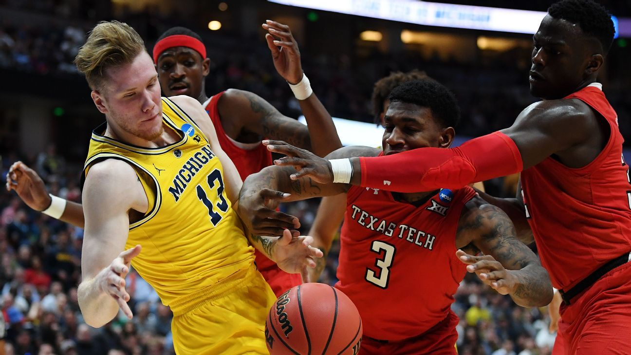 Michigan basketball sets memorable new low in Sweet 16 misfortune to Texas Tech