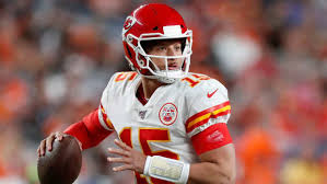Chiefs' Supporting Cast Steps Up After Mahomes Injury in Victory Over Broncos