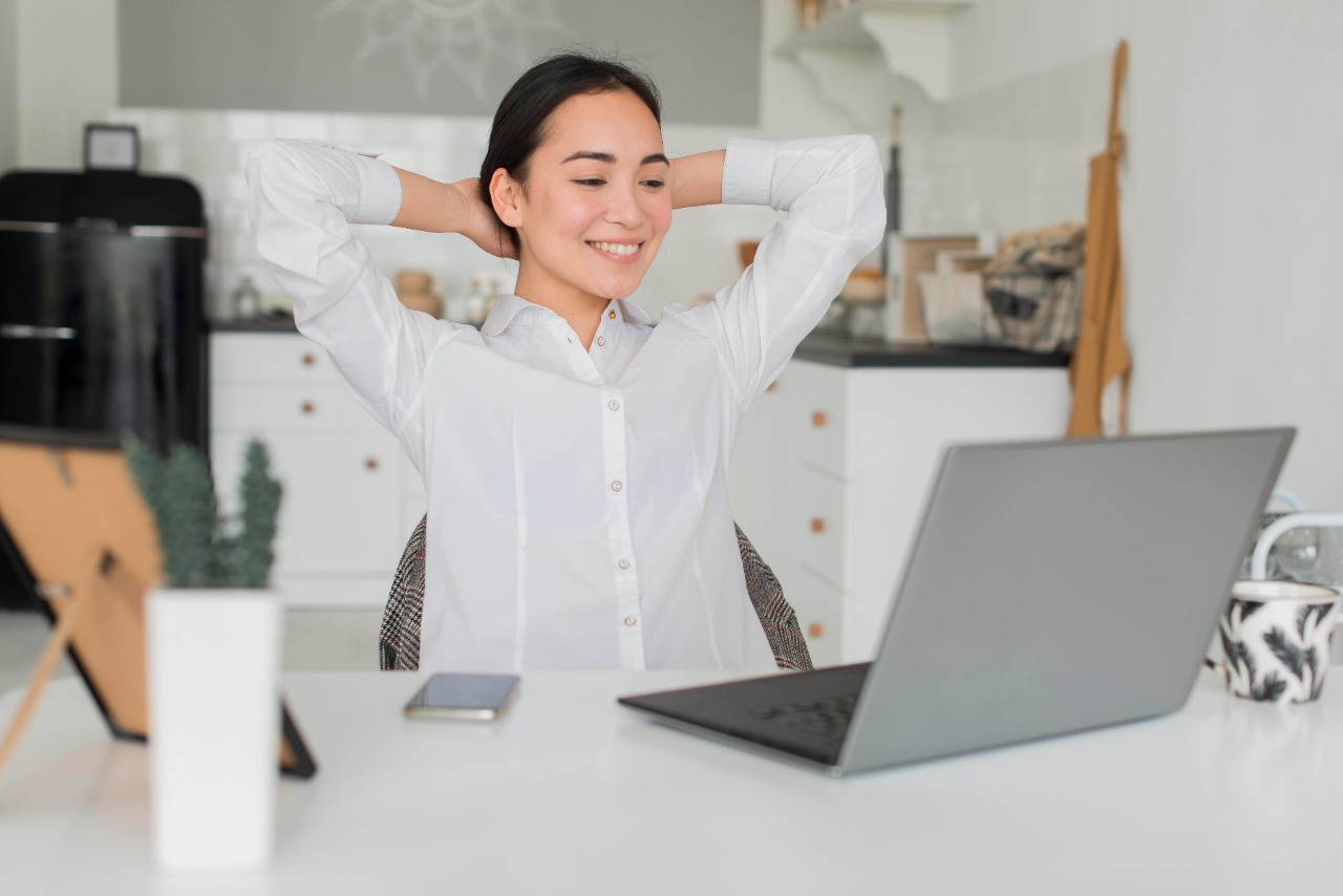 7 Healthy Tips to Work from Home