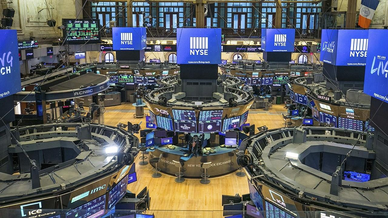 Dow futures increase in the midst of report that Trump is getting ready $1 trillion foundation proposition