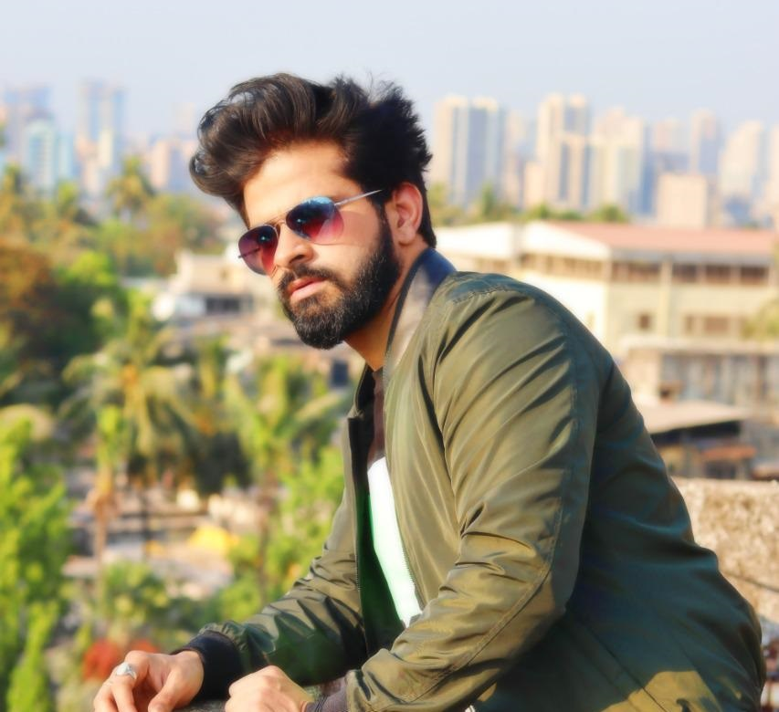 THE INTERESTING JOURNEY OF A SOCIAL WORKER, Vlogger AND A YOUTUBER: NEERAJ DUBEY