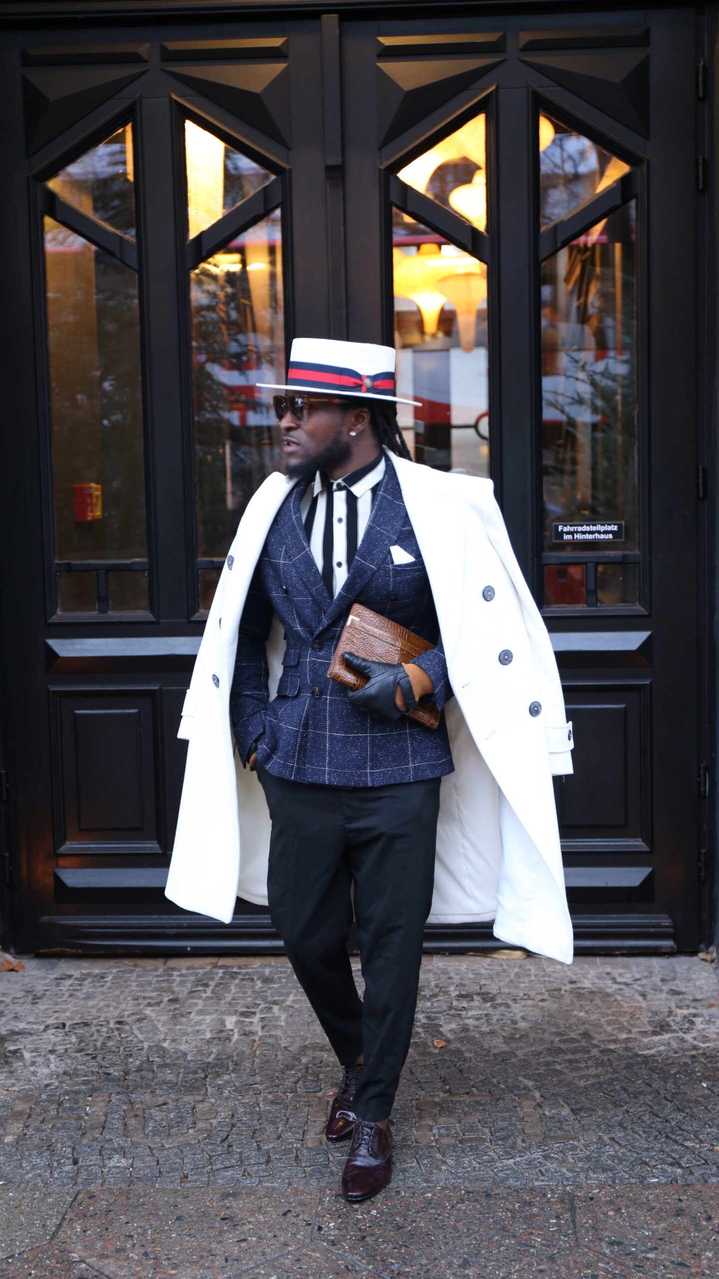 Gwei Noel Yengong is teaching us how to dress up for any occasion