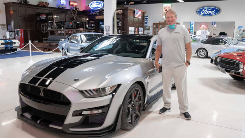 "Ford: Welcomes Las Vegas Raiders With ""Special Shelby GT500"""