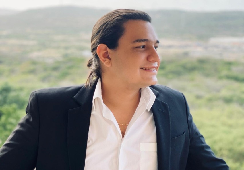 Juank Cortavarría, a Young Influencer from Latin America