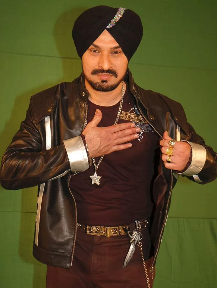 Popular Singer – Harbhajan Talwar
