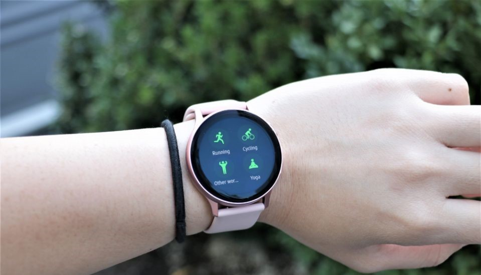 Samsung Galaxy Watch Active 2 will get the best 'Galaxy Watch 3' features with new update