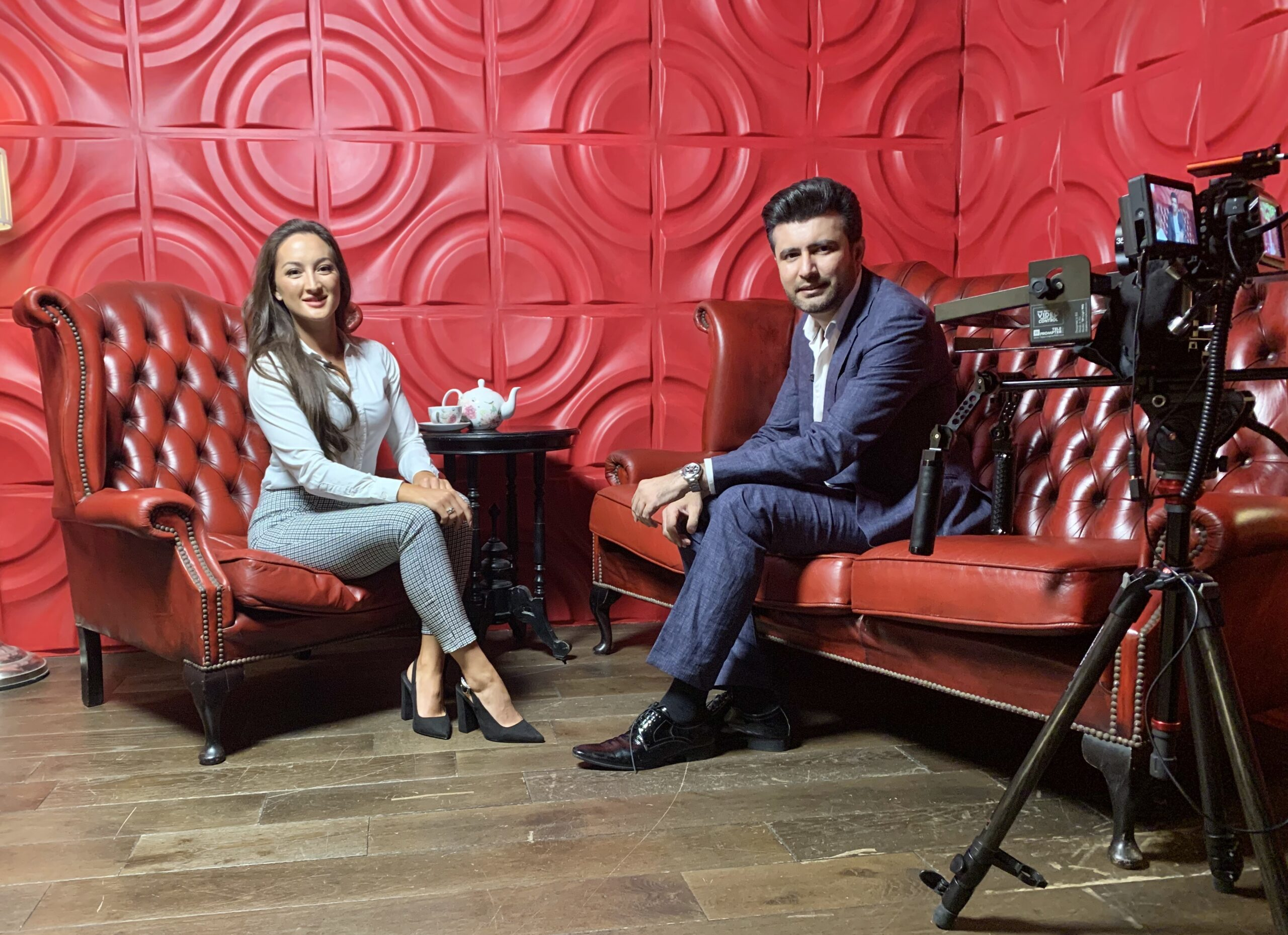 Meet one of the unconventional doctor in United Kingdom , An artist and an entrepreneur : Dr Salman Shahid
