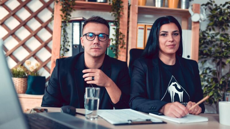 Know how to build a brand community on social media from the co-founders of Cafe De Anatolia Nikola Iliev, aka Nickarth and Monika Ilieva.