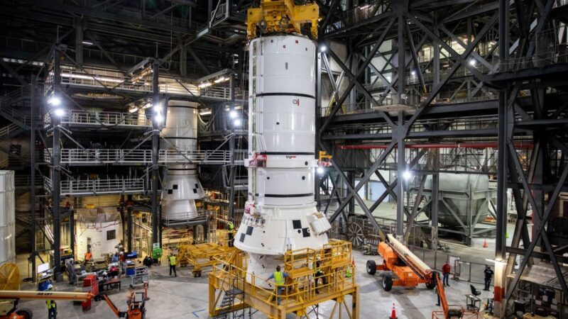 "NASA starts assembling the ""Artemis"" rocket to launch 2021"