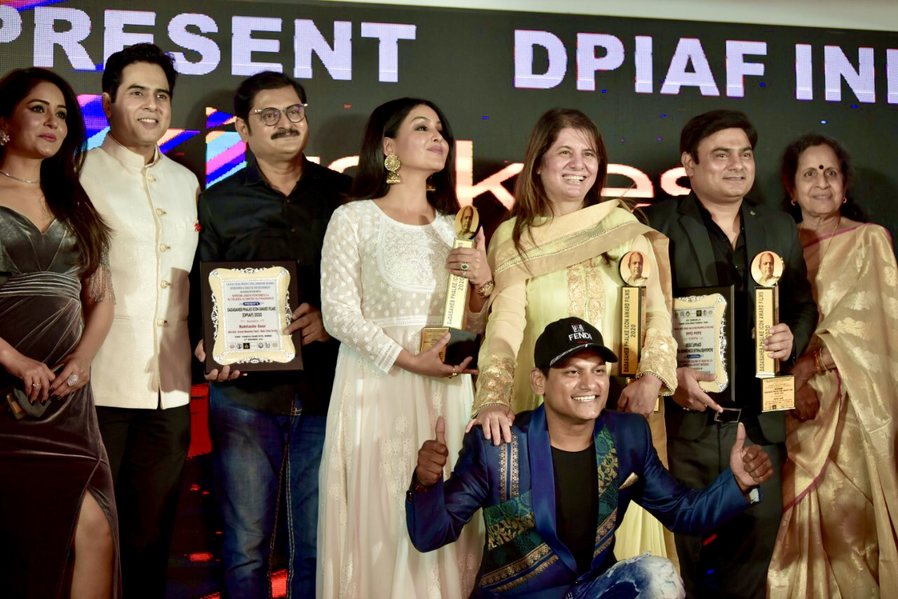 Kalyanji Jana's Dadasaheb Phalke Icon Award Films (DPIAF) -2020 emerged as biggest award show of the year. Dinesh Sudarshan Soi awarded Best Debutant Director