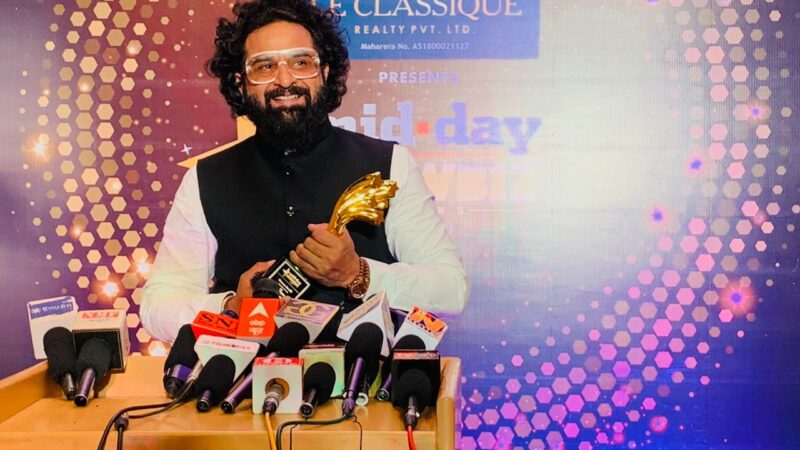 It's getting bigger & better for inking ideas and Waseem Amrohi – as he wins the Iconic Celebrity & Movie Marketer Award 2020 by Mid-Day .