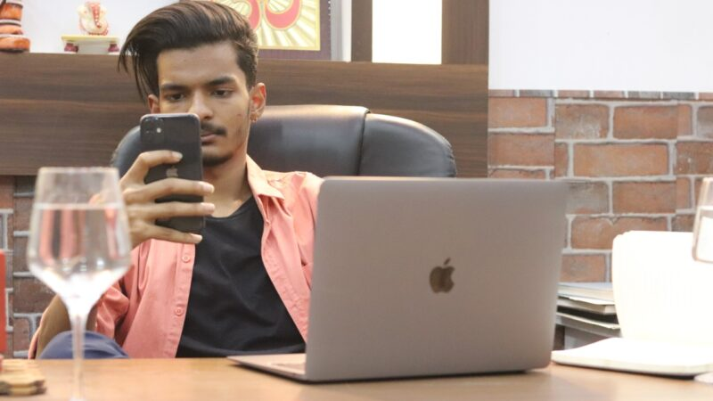 Divyam Agarwal – The Digital Entrepreneur talks about his hustle and journey of success is full of inspiration