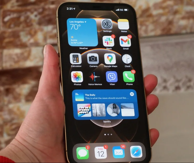 The next iPhone may have an in-screen fingerprint scanner
