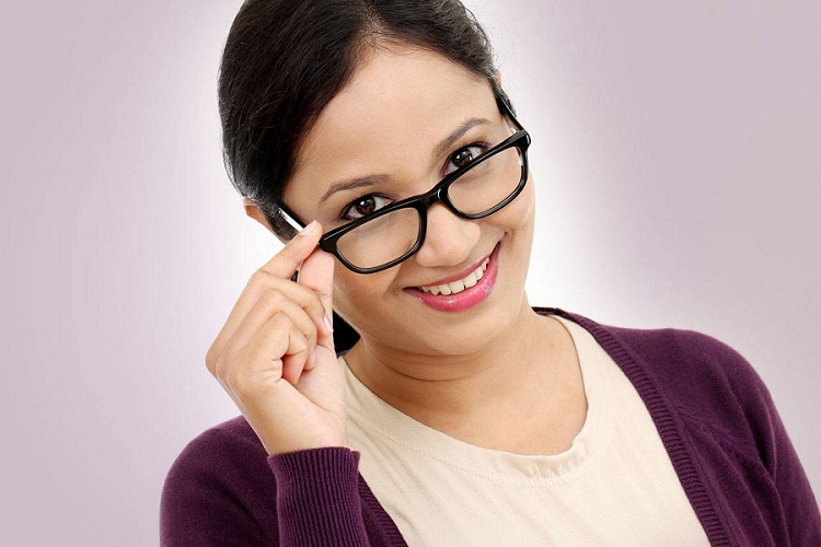 4  Tips on Picking Safety Glasses For Your Employees