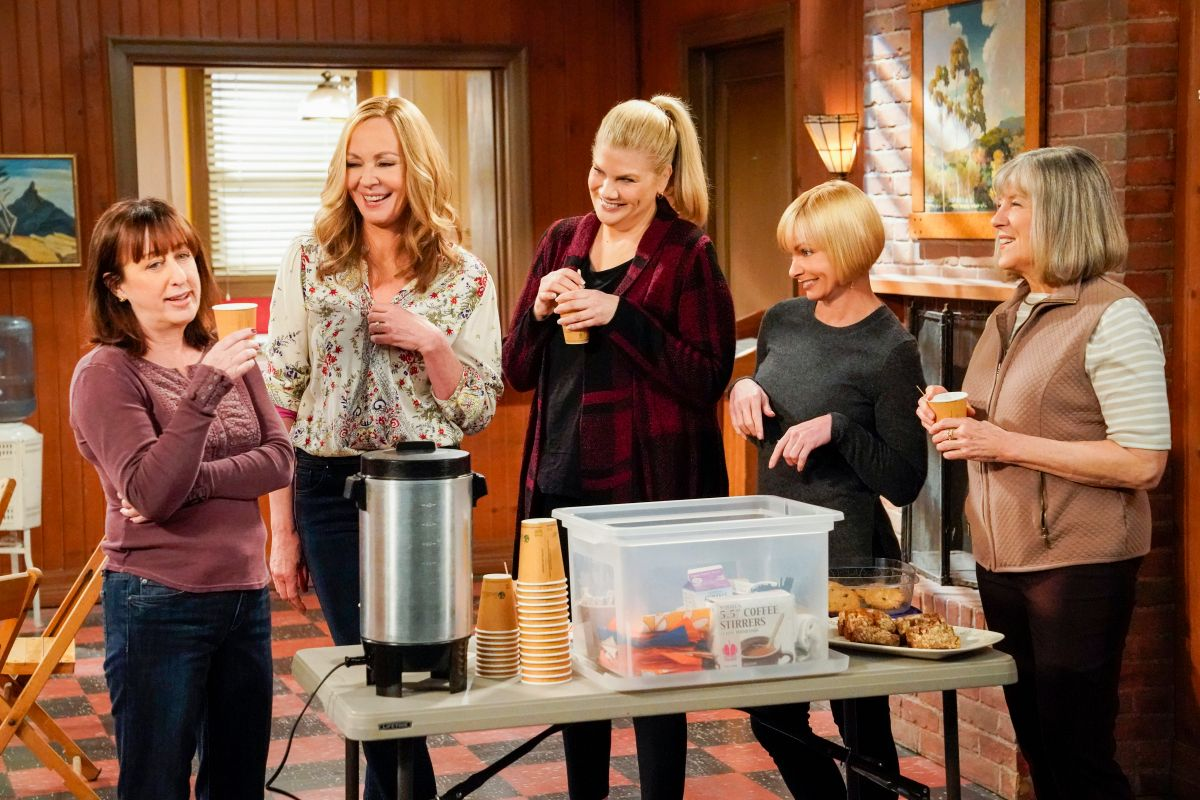 On CBS, sitcom 'Mom' will end with Season 8, sets series finale