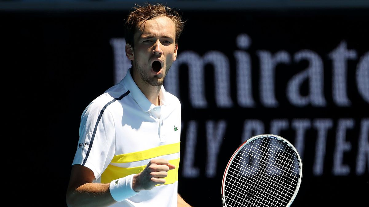 Daniil Medvedev arrives from the outset Australian Open quarterfinal while extending win streak to 18 matches