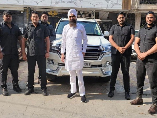 Baba Ji Finance and Properties Ram Singh's  have reached the pinnacle of success, thanks to the entrepreneur's passion and consistent work.