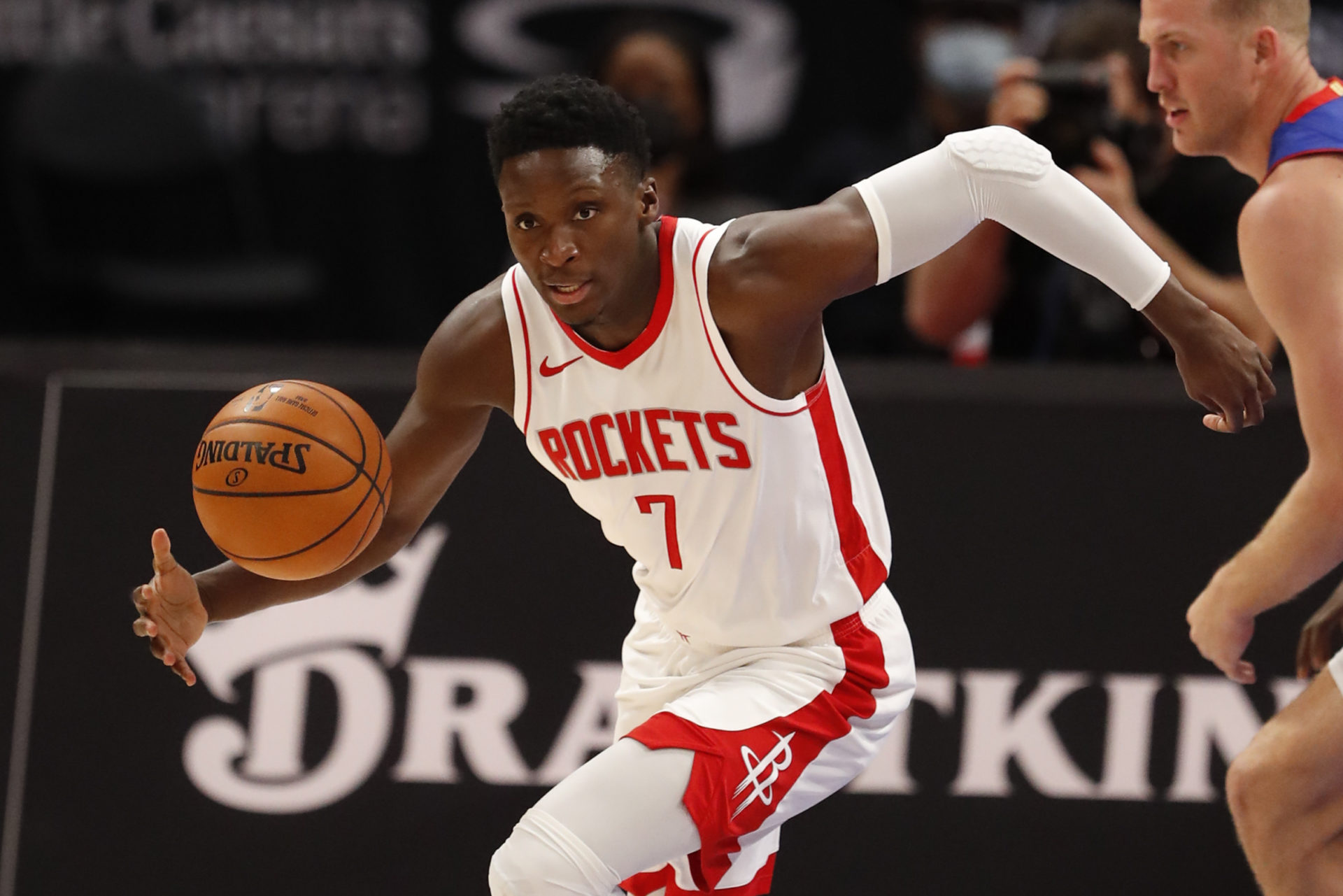 Houston Rockets' Victor Oladipo turned down 2-year, $45.2 million extension