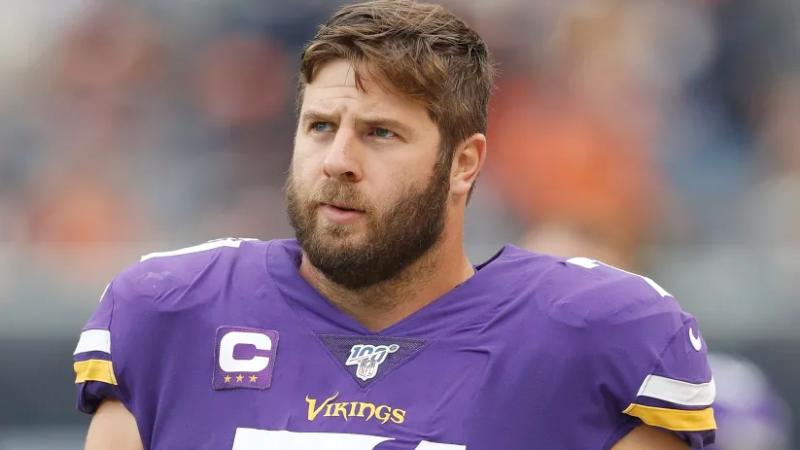 LT Riley Reiff released by Minnesota Vikings, Frees up $11.75 million on salary cap