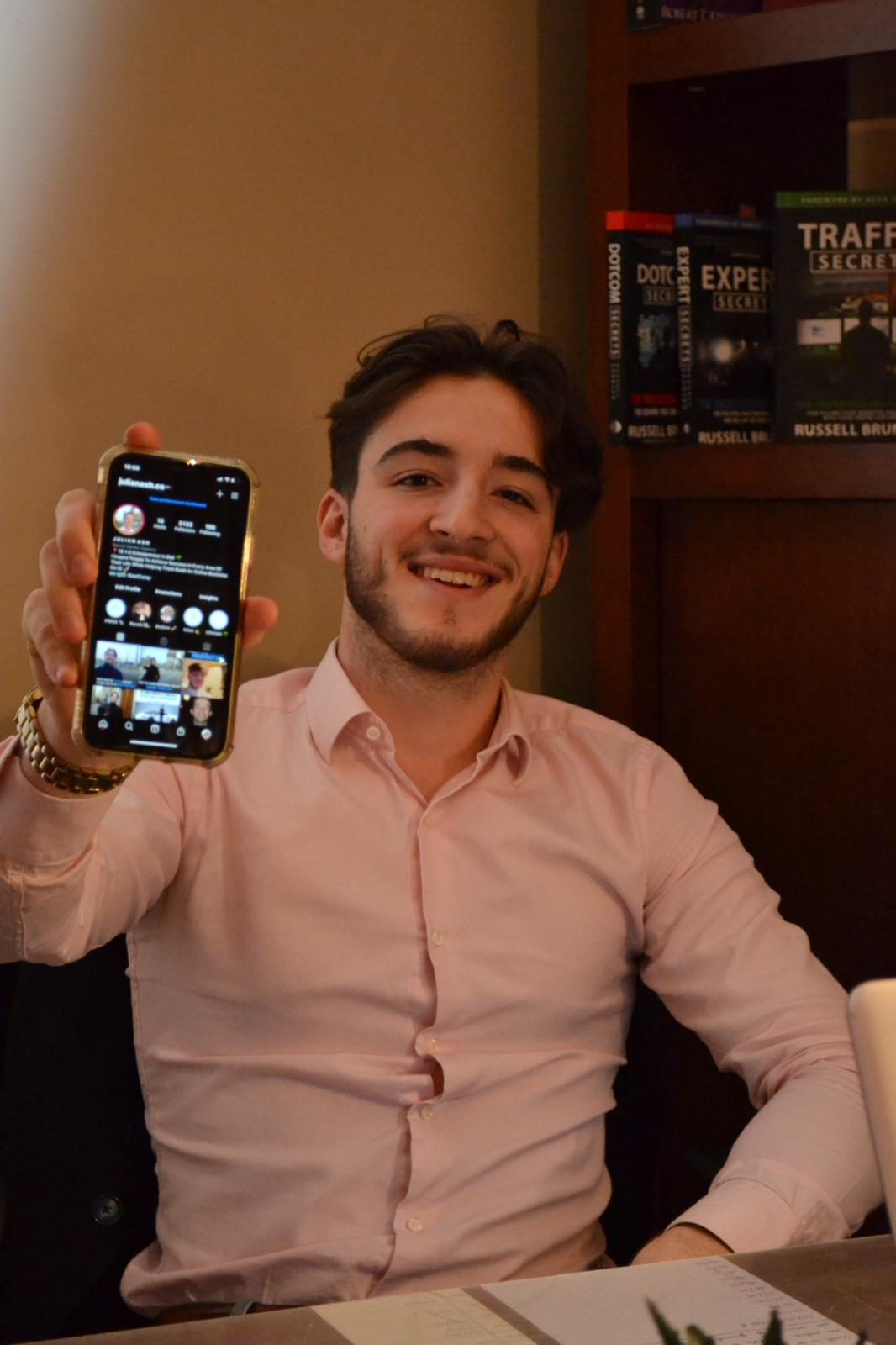 Julian Ash Is Helping People Grow Their Online Businesses And Make Profit Out Of Instagram
