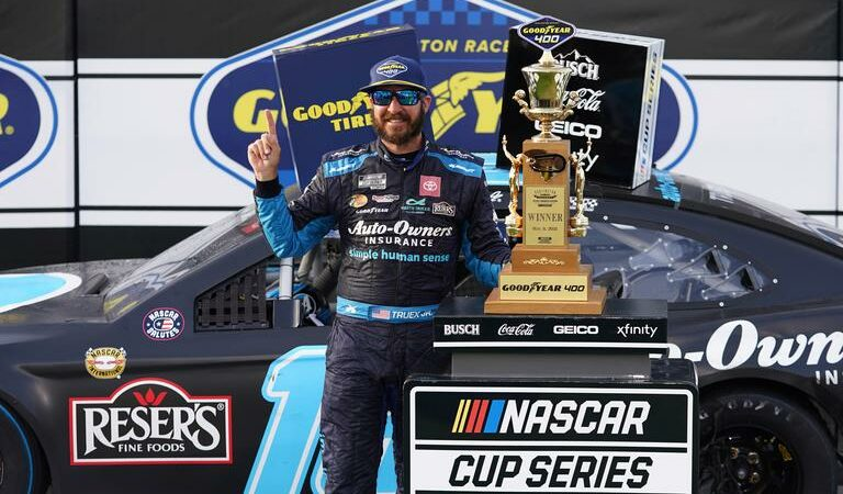 Martin Truex Jr. wins third NASCAR Cup Series at Darlington raceway