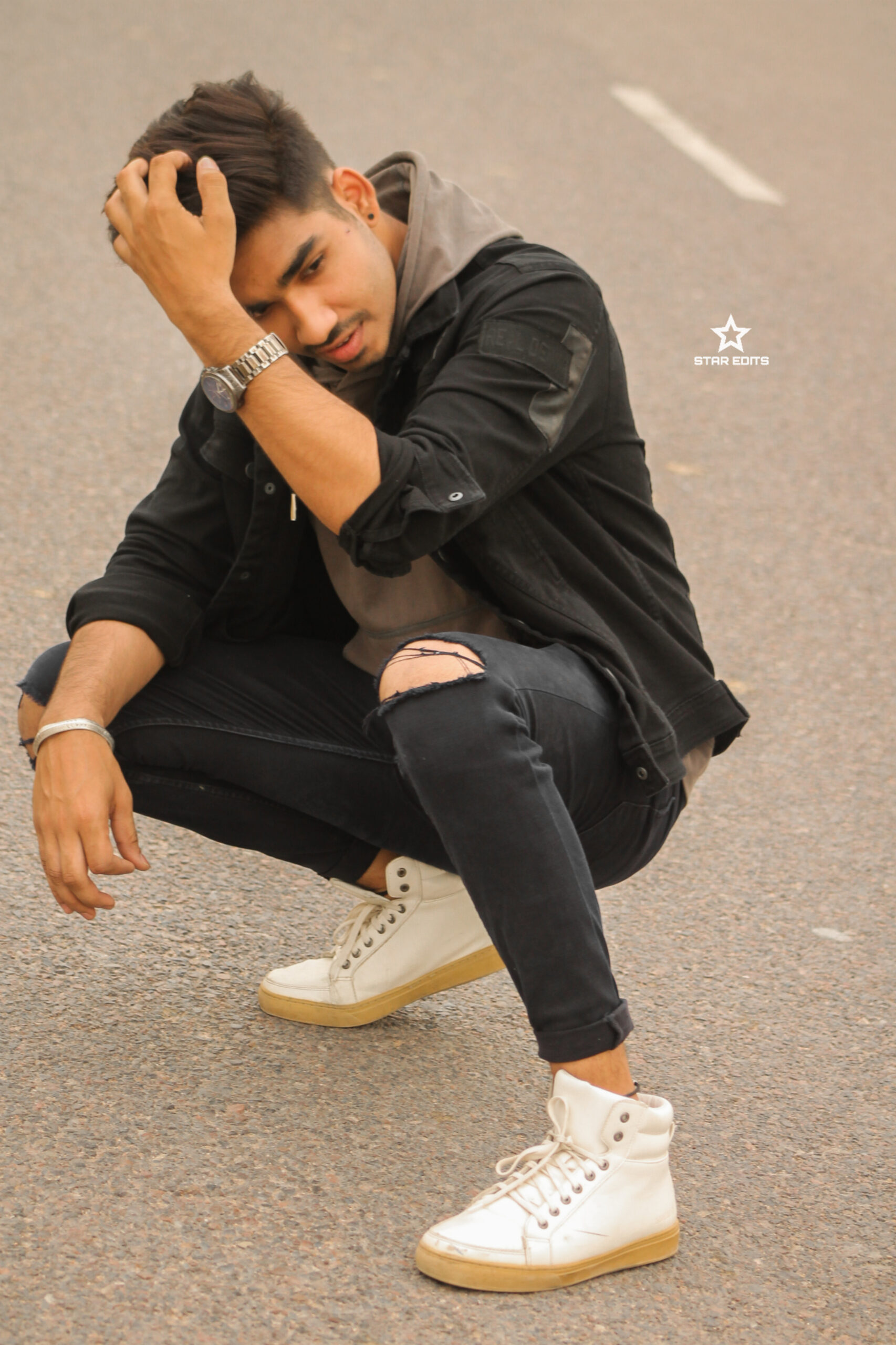 Aaftab Bhagarwa becomes the youth sensation of the country with his on point social media influencing