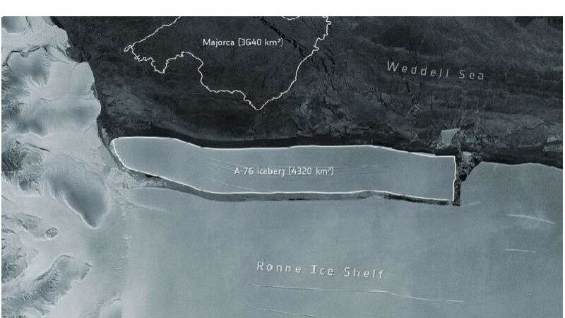 Large iceberg breaks out of Antarctica, threatening coastal cities?