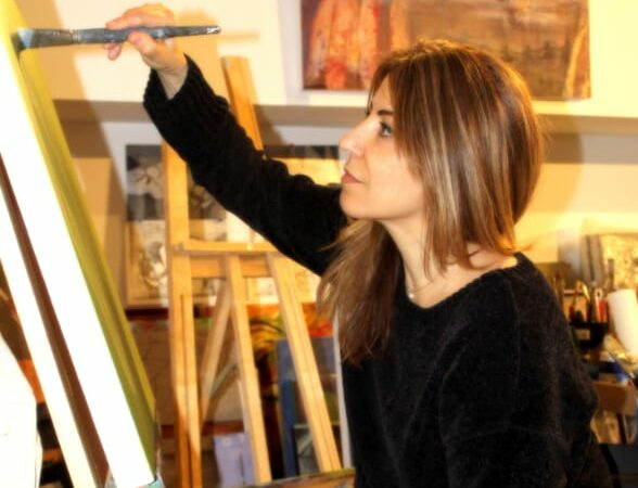 Meet Lina Faroussi, the Syrian Canadian artist raising the bar for others in the world of art.