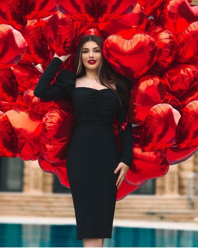 Azerbaijani Business Queen Elmira Namazova Made Social Media Alerts
