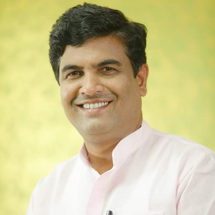 Political Personality Naresh Yadav's Exceptional Political Journey As National President Of The Bharitya Panchayat Party