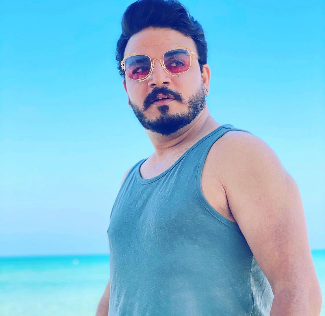 Meet Dubai's versatile, creative and talented entertainer — RJ Vikrant