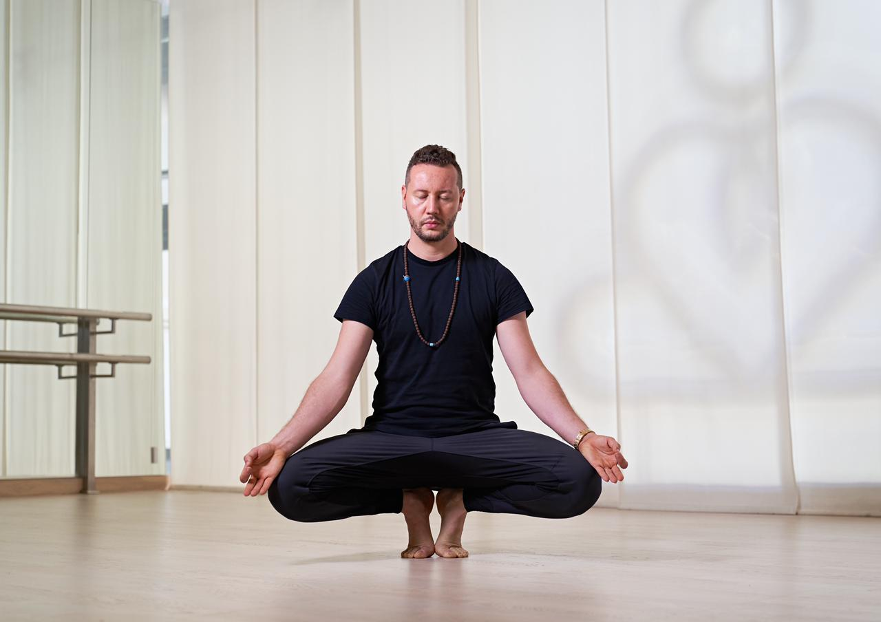 Allaoua gaham: the health persona of 2018 and 2020 is uplifting the yoga network in dubai