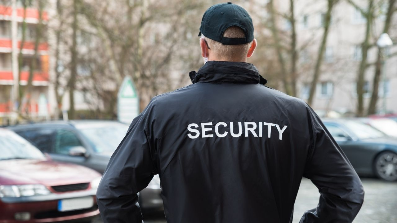 Security Personnel can Avoid Dangers During Security Patrolling by Following these 5 Tips