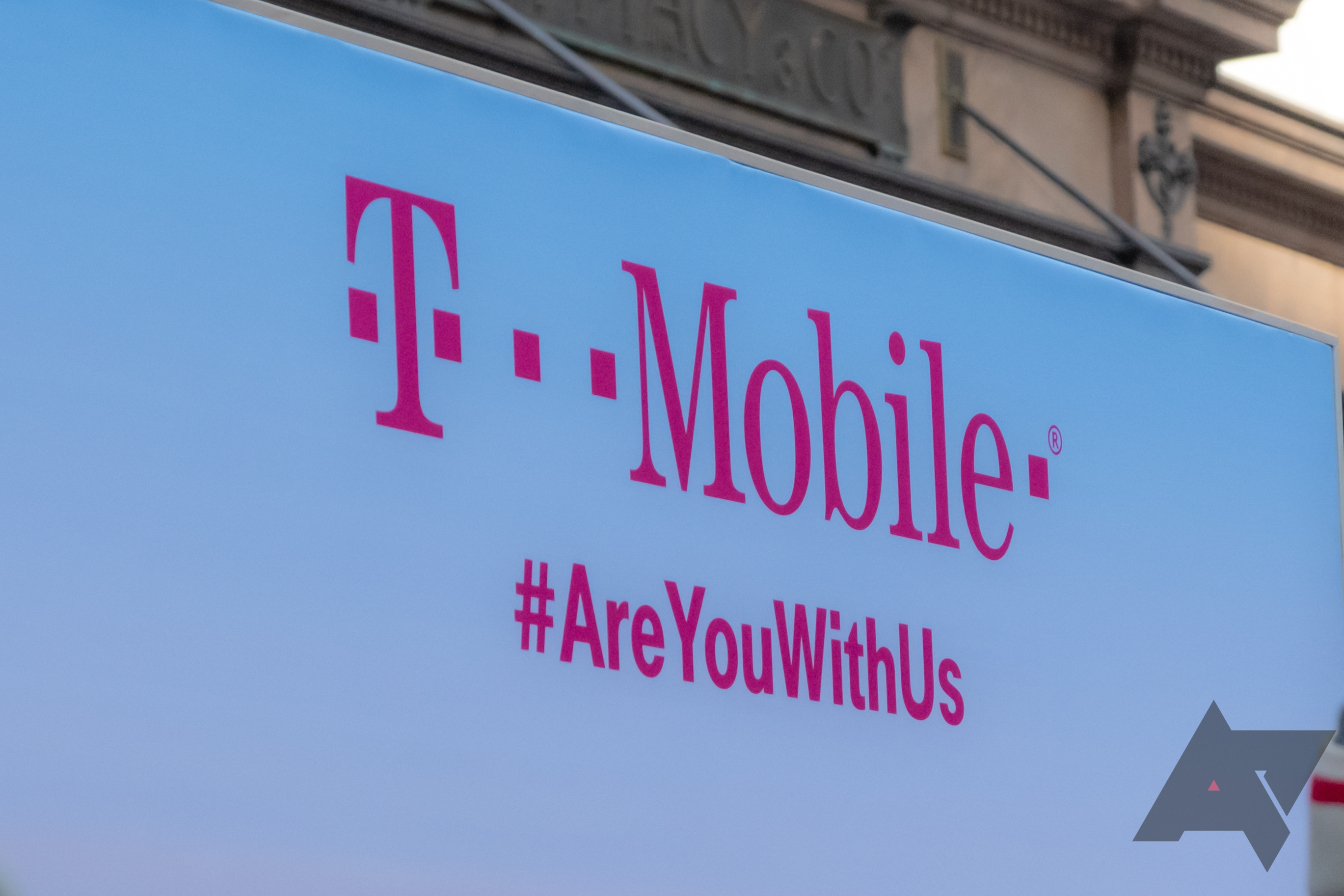 T-Mobile endeavors to assuage subscriber fears in wake of notable information break