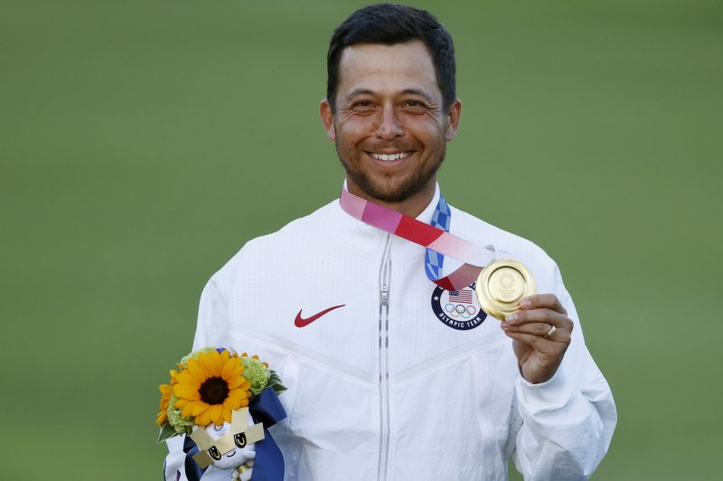 Xander Schauffele gives U.S. gold medal with 2 clutch putts in Olympic golf