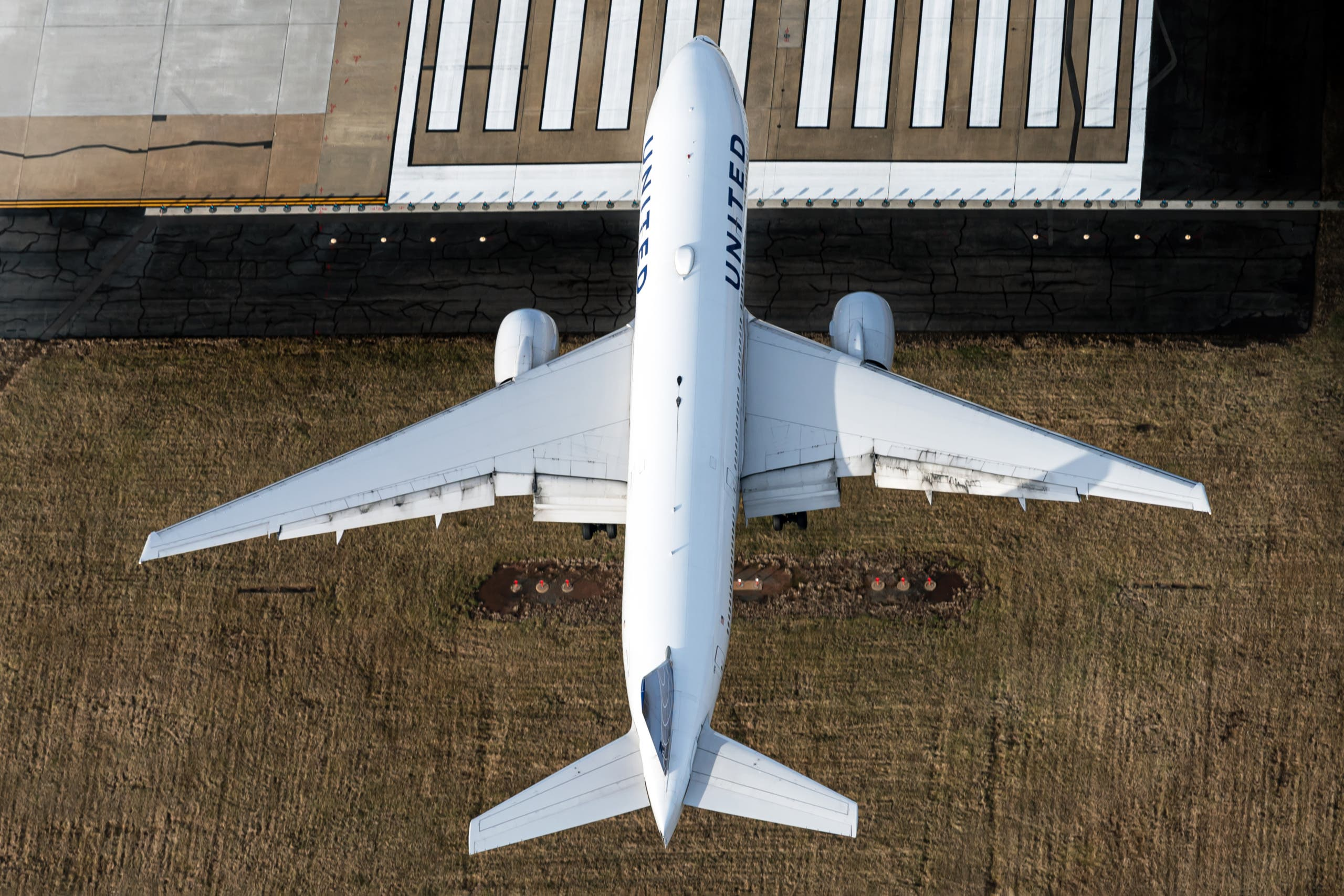 United Airlines' PW Powered Boeing 777 May Be Grounded Until 2022