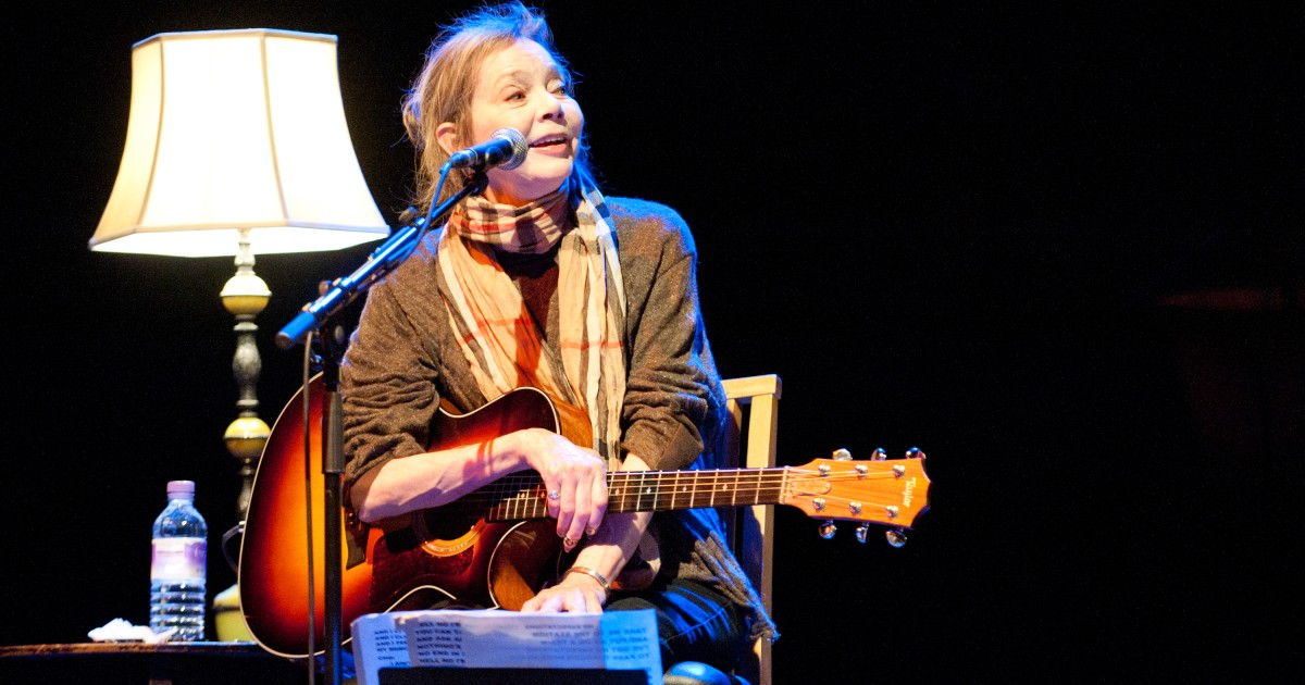 Nanci Griffith, Folk, and Country Singer-Songwriter Dies at 68