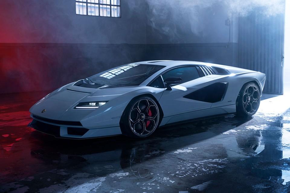Lamborghini's Countach Returns as a Hybrid 802-Horsepower Supercar