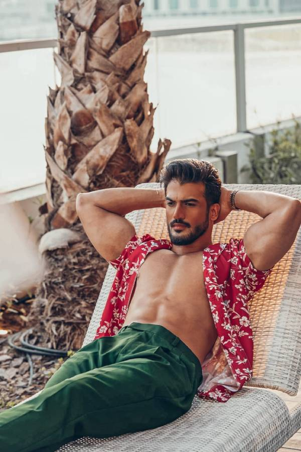 Essam Ali is a remarkable name in field of Modeling