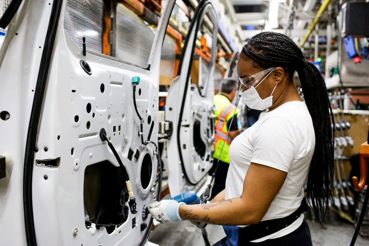 The chip shortage is expected to cost the auto industry $ 210 billion in revenue in 2021.